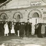 Entrée du réfectoire de La Mie de Pain en 1910